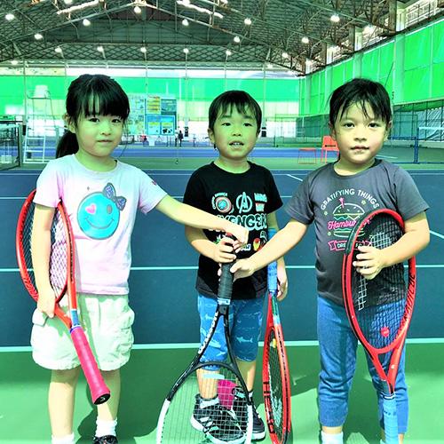 レッツ!テニスパーク飯塚のキッズたち